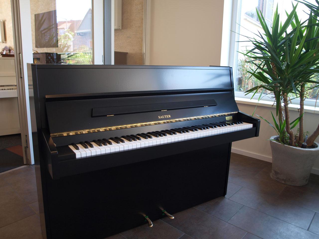 Sauter Klavier, Mod. 109